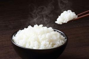 Cơm trắng có nhiều khả năng gây bệnh tiểu đường hơn cả nước ngọt