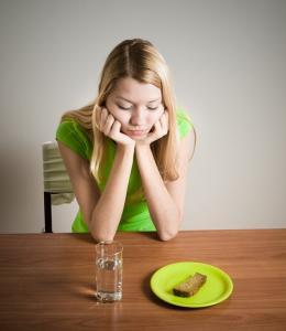 Low carb và thanh lọc cơ thể - Detox có giúp giảm cân an toàn?