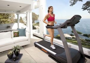 Máy tập chạy bộ có giúp giảm mỡ bụng hiệu quả?