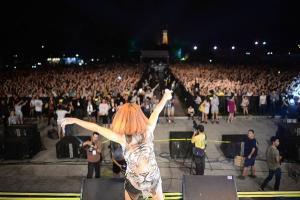 Lễ hội âm nhạc quốc tế Gió mùa 2015