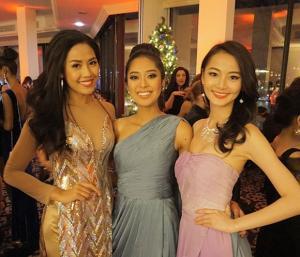 Nguyễn Thị Loan lộng lẫy dự tiệc Giáng sinh tại Miss World