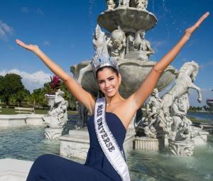 Bộ ảnh đầu tiên của Hoa hậu Hoàn vũ 2014 sau đăng quang