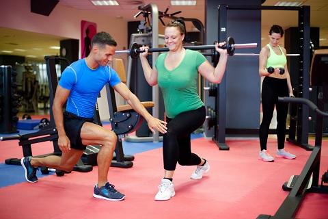 Vận động giúp tiêu hao năng lượng dư thừa và tăng cường sức khỏe
