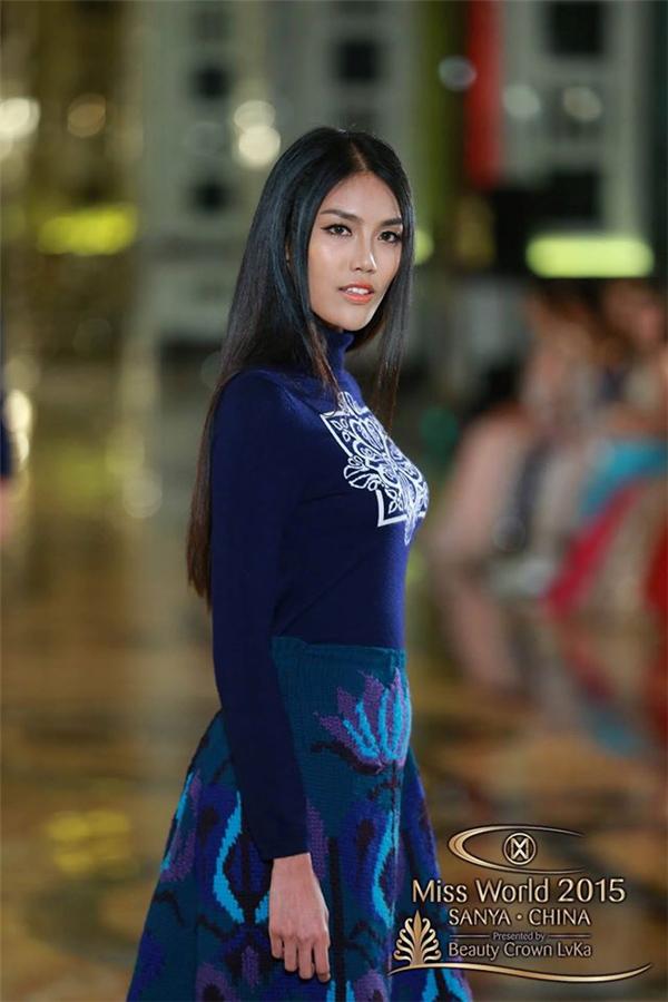 Đại diện Việt Nam –  Trần Ngọc Lan Khuê  - được Ban tổ chức đánh giá cao với phần thi catwalk