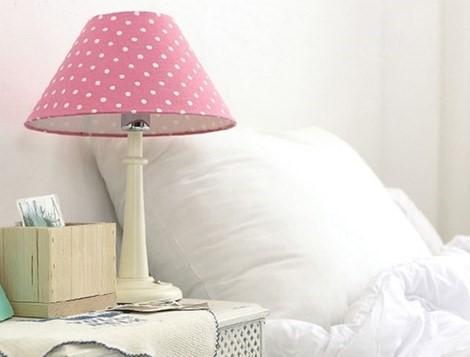 Đèn ngủ làm gián đoạn giấc ngủ