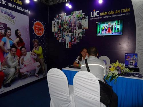 Nhãn hàng giảm cân an toàn LIC là nhà tài trợ kim cương của Monsoon 2015. Ngoài việc góp phần kết nối người yêu nhạc với các nghệ sĩ trong và ngoài nước, LIC còn tổ chức tư vấn giảm cân, giữ dáng an toàn cho khán giả có mặt tại sự kiện.