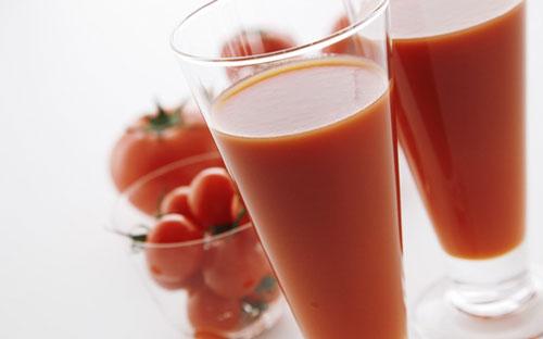 nên giảm ít đường trong các loại nước ép trái cây để giảm cân