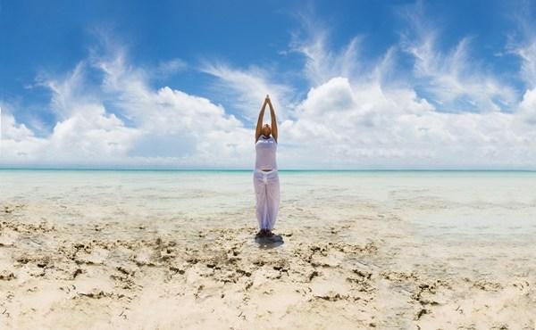 tu the chao mat troi trong yoga